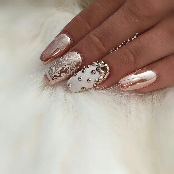 Crystals Nails-111-24beautytutorial.com