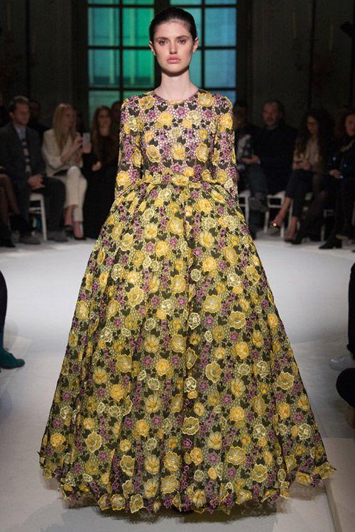 9346e3660a3a Krásne promócie šaty 2017-2018.